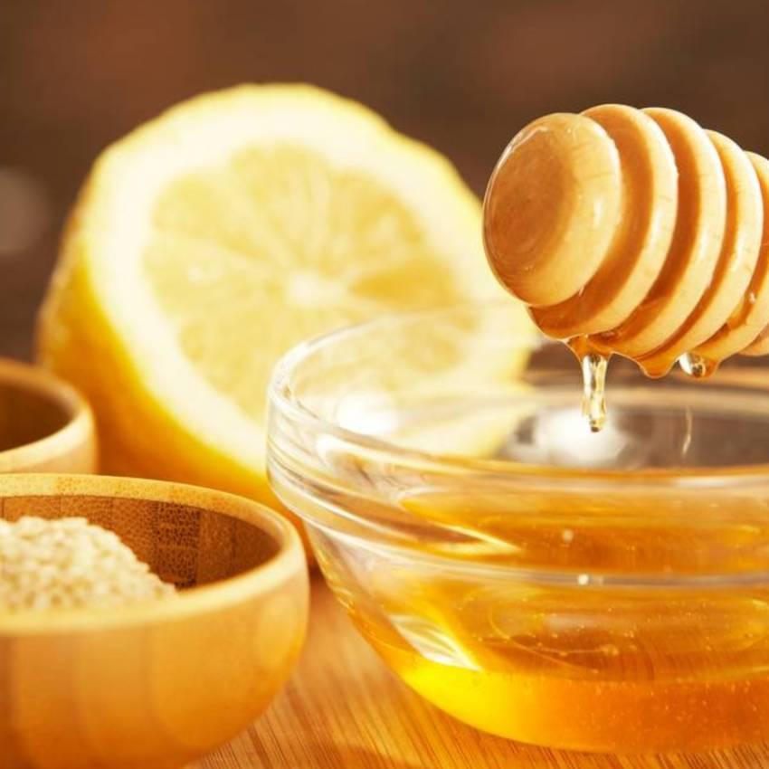 Las mejores mascarillas caseras con miel para la piel y el cabello